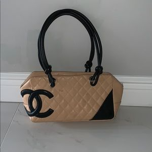 CHANEL beige and black shoulder bag